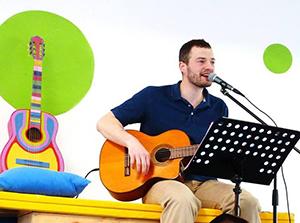 concert-guitare-a-tartines